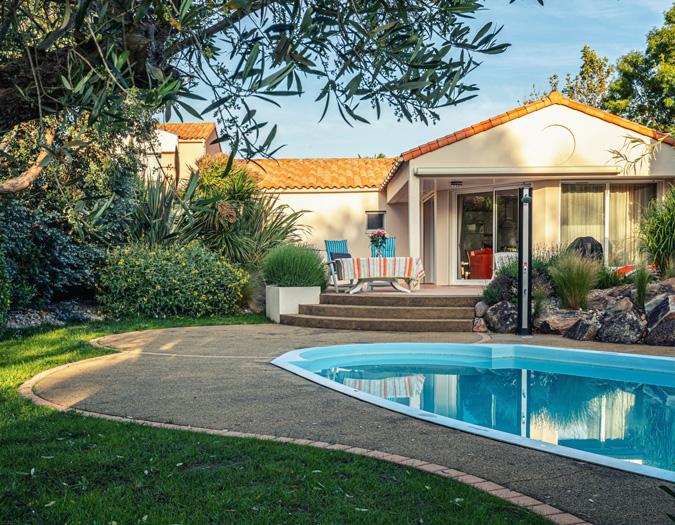 Poolvillavendee Villa La Dolce Vita Les Jardins des Sables d'Olonne Vendee Frankrijk Voorkant villa sfeer